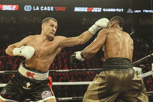 Kovalev pummels Pascal in rematch