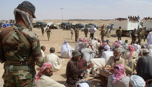 Aid group: 4000 more flee IS-held city of Fallujah in Iraq