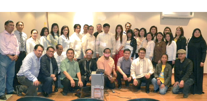 Ambassador Crescente Relacion, embassy officials and leaders of various Filipino organisations in Qa